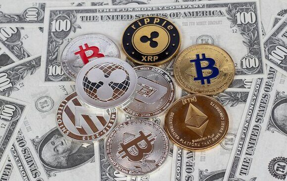 Set-of-cryptocurrencies-on-dollar-bills-by-Marco-Verch-CC-BY-2.0-